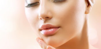 This homemade skincare recipe smooths wrinkles